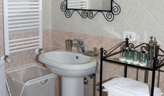 bagno trilocale per 5,three rooms bath